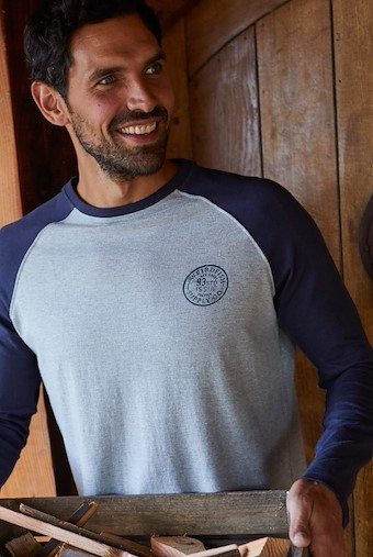 Hennock Long Sleeve Raglan T-Shirt Navy