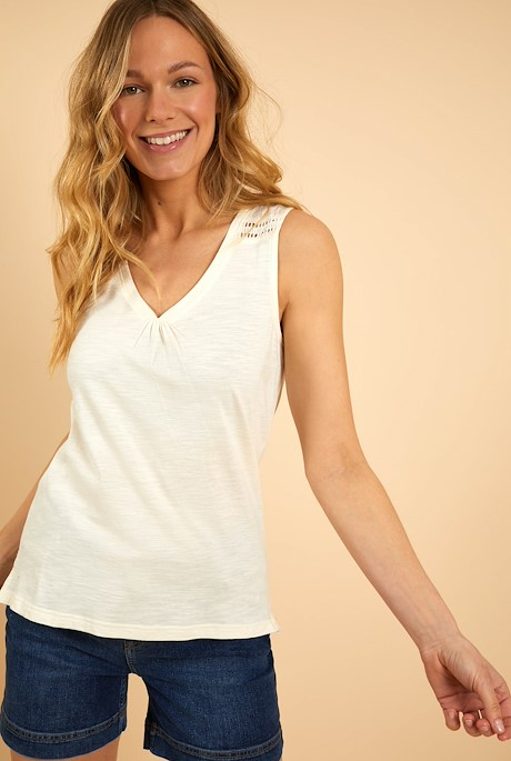 Kaira Outfitter Vest Light Cream