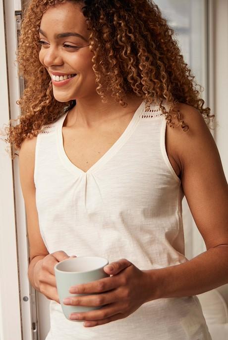 Kaira Outfitter Vest Light Cream