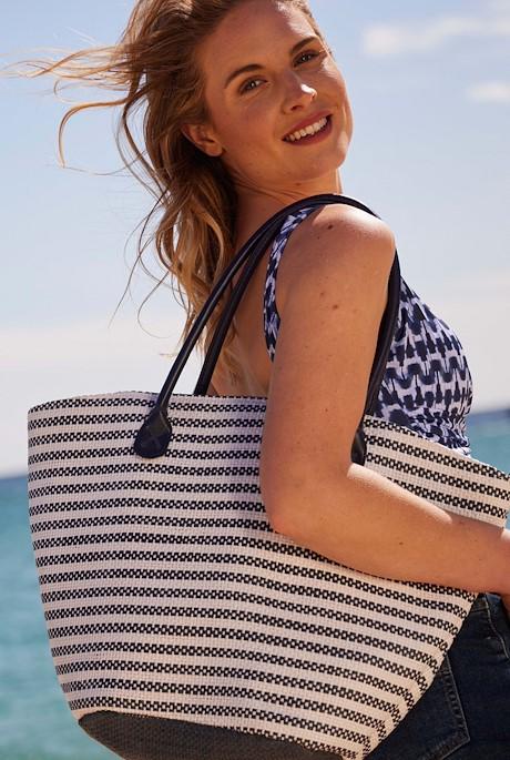 Debbies Beach Bag Navy
