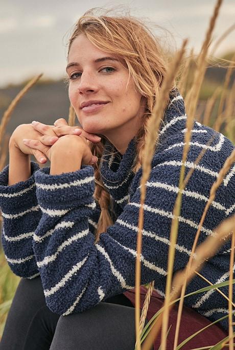 Sarno Stripe Polyester Feather Fleece Navy