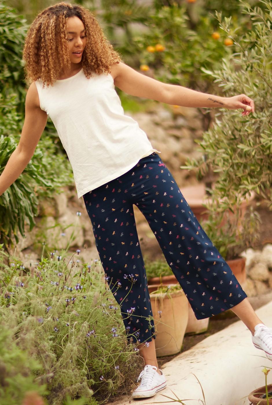 Tresco Printed Wide Leg Crop Trousers Navy