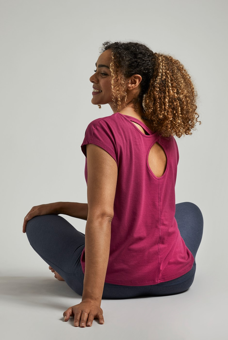 Athena Bamboo Yoga T-Shirt Cranberry